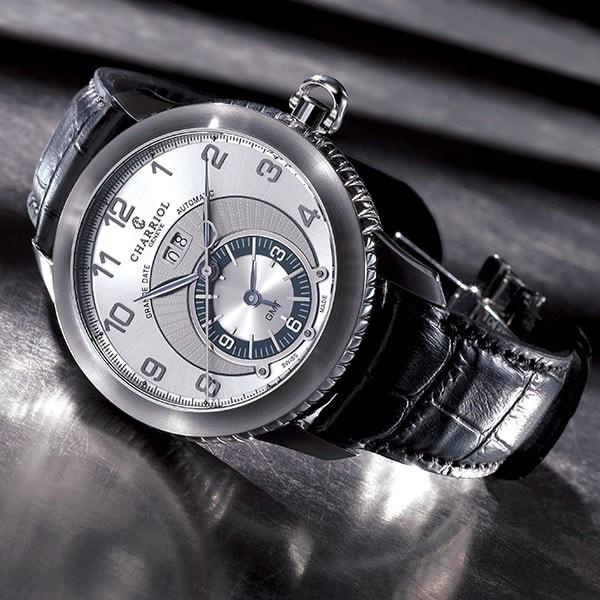Colvmbvs Grande Date GMT watch 46mm