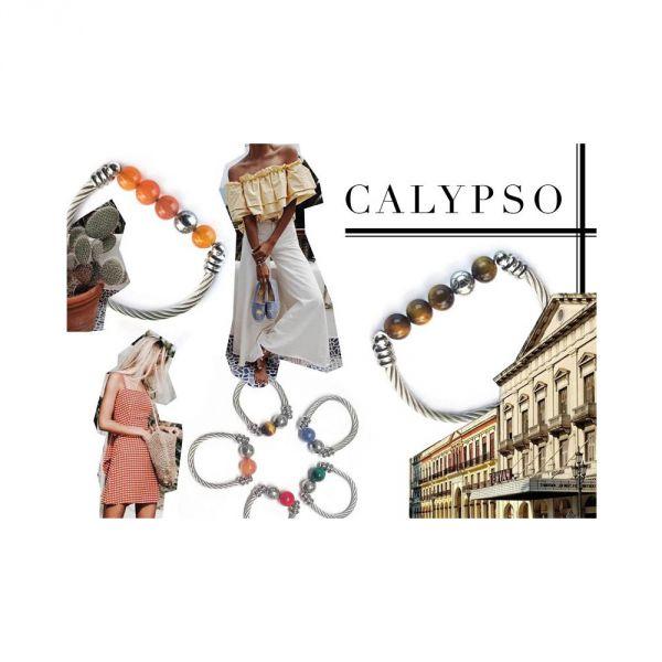 Calypso Chalcedony ring